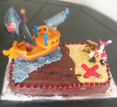 Excellent Easy Pirate Birthday Cake With Hidden Treasures Arrr Burnt Apple Funny Birthday Cards Online Inifodamsfinfo