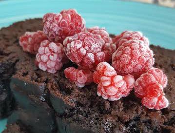 frozen raspberry dessert
