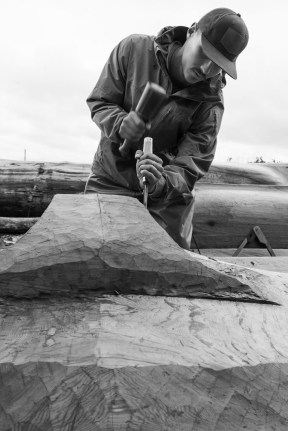 carving the mortuary pole