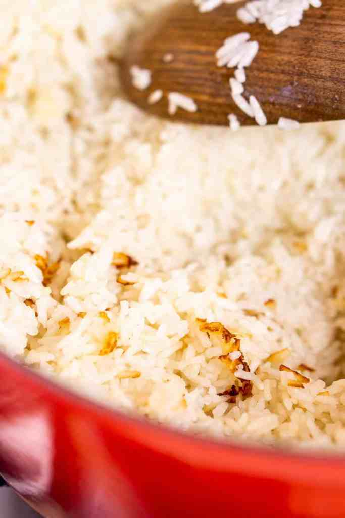 The jasmine rice after it's caramelized in the pot.