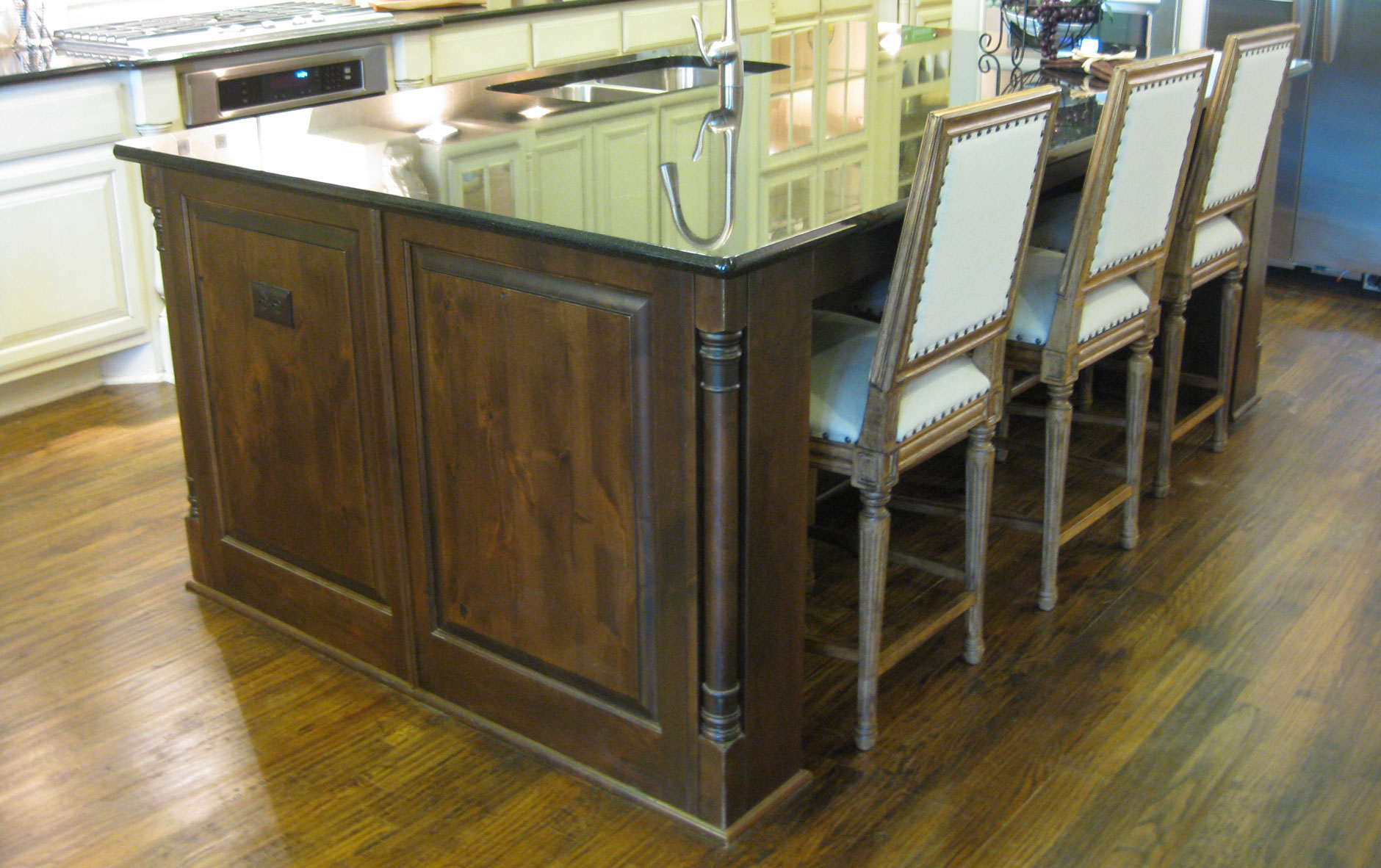 Kitchen Island Burrows Cabinets Central Texas Builder