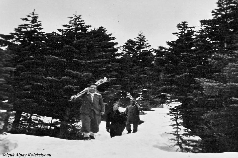 Önde Rauf Alpay,en arkada Saim Altıok 12.04.1936