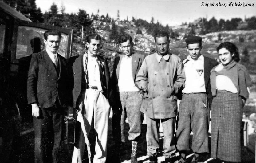 Sağdan ikinci Rauf Alpay,yanında Saim Altıok 31.08.1936