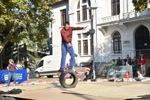 Bursa'da akrobatik gösteri heyecanı