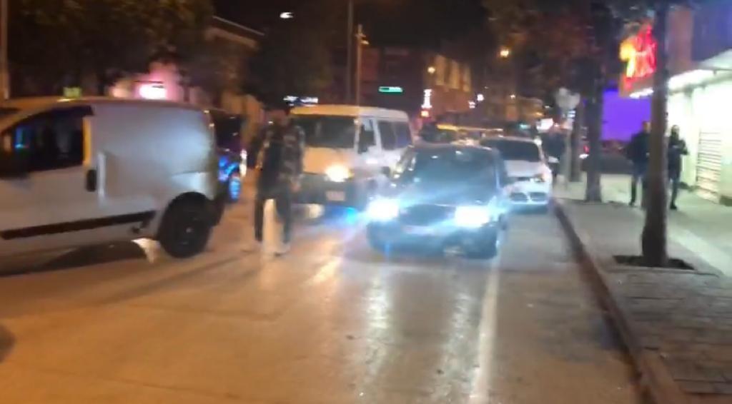 Bursa'da yolu kapatıp asker eğlencesi düzenleyenlere ceza yağdı