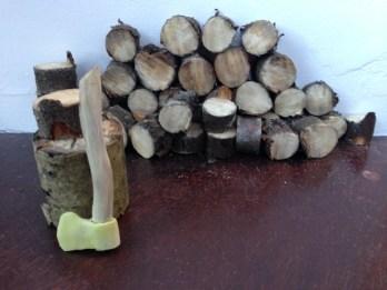Axe & Logs