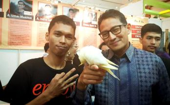 Burung Paruh Bengkok (instagram.com-bagas.up)