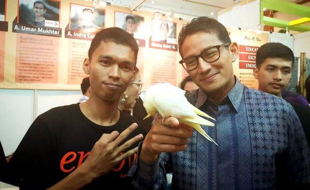 Bisnis Burung Paruh Bengkok, Omzet Mahasiswa UNS Mencapai Rp 72 Juta