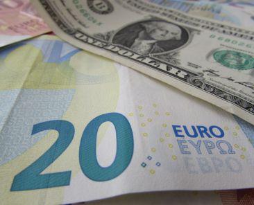 euro-dollar-usd-forex-fx-money-currency-4-zdroj-w4t