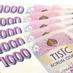 Koruna si dnes mírně polepšila k euru i dolaru