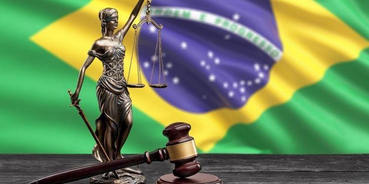 En este momento estás viendo Tribunal brasileño ordena a dos criptobolsas bloquear fondos de un usuario