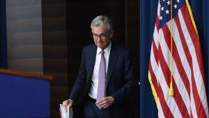 Lee más sobre el artículo Reserva Federal evalúa dólar digital pero beneficios aún no están claros, dice presidente