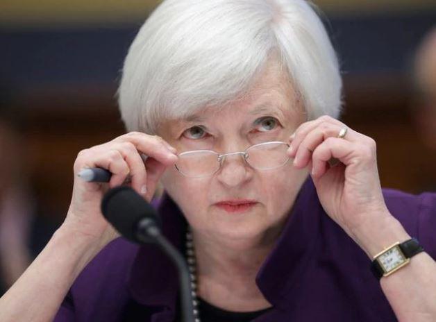 En este momento estás viendo Las probabilidades de recesión son 'más altas de lo normal', dice Janet Yellen