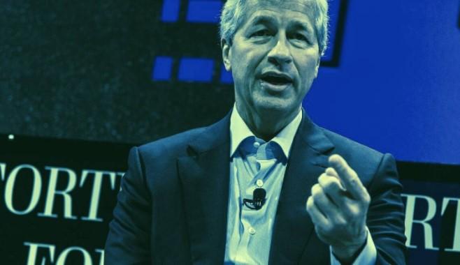 En este momento estás viendo 'Bitcoin no vale nada' pero 'los clientes no están de acuerdo': el CEO de JP Morgan, Jamie Dimon