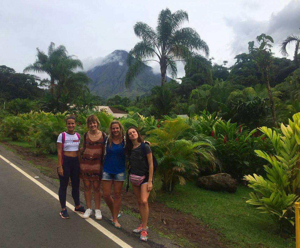 termas naturales de Tabacon, Costa Rica, Río Chollín