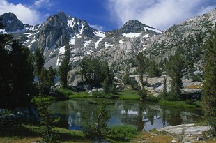 Lago de Sierra nevada
