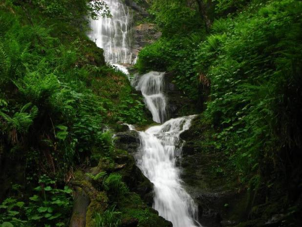Ruta a la cascada de Xiblu