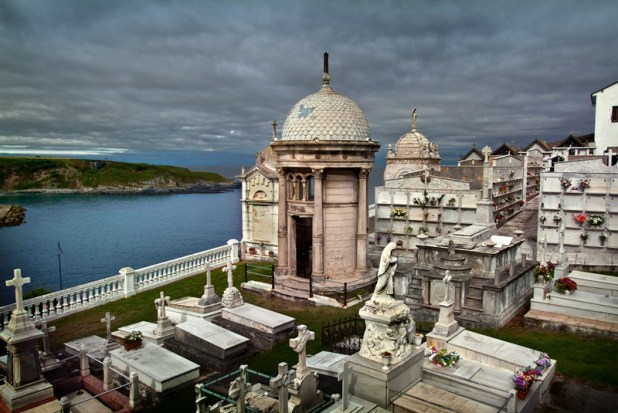 Lugares desconocidos de Asturias. Cementerio de Luarca