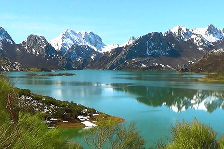 rutas por los Picos de Europa. Maravillas naturales