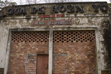 Balneario abandonado de Fuentes de Hoznayo