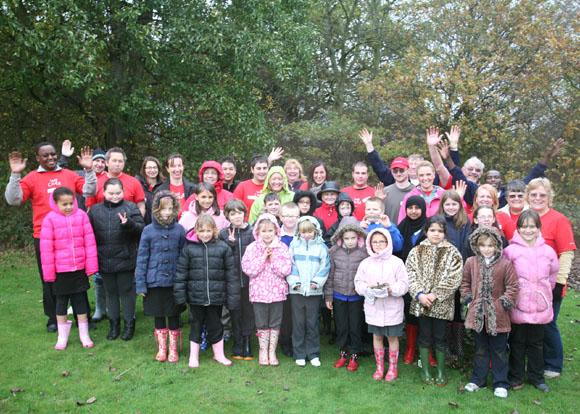 Everyone who helped plant trees at Bushfield
