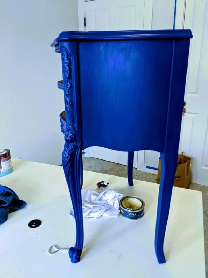 how to wax with chalk paint
