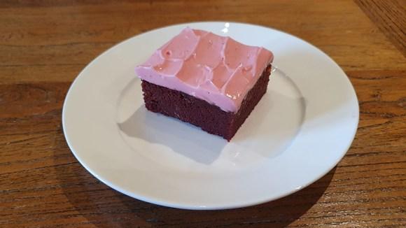 チョコレートビートルートブラウニー