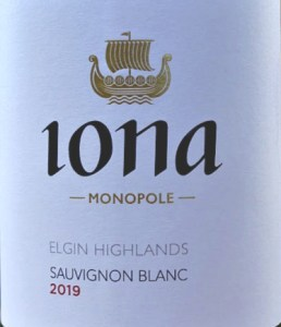 Iona Sauvignon Blanc 2019 a world class Sauvignon Blanc from South Africa: Highly recommended by Jancis Robinson MW, Tim Atkin MW gives this wine 92 points; A stunning aromatic wine with complexity, crispness and full flavours coupled with wonderful texture. Loire style; very smooth.