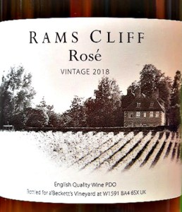 a'Becketts Rams Cliff Rose 2018 is a superb English Rose; light, full of strawberry fruit and flavours. It has a perfect balance. Low abv at 11% it makes a fantastic aperitif. Great value English Rose.