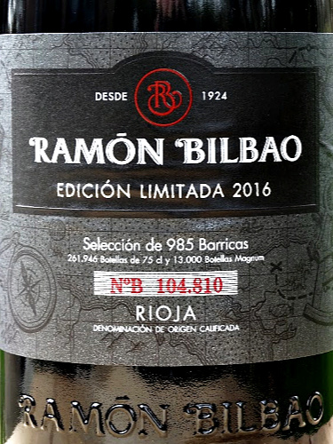 Complex, intense and inviting special edition Rioja Crianza from Ramon Bilbao. Blackberry & liquorice flavours with hints of mocha. Smooth, velevety mouthfeel and terrific length. 93 points Tim Atkin MW. A real treat of a wine at a brilliant price.