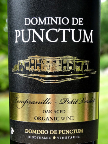 Dominio de Punctum Roble 2016 is a star vintage of this lovely blend of Tempranillo and Petit Verdot. Rich, structured, blackberry fruit laced with vanilla oak. 6 months ageing in oak barrels. Gold Medal winning organic and biodynamic red from family producer. Great value.