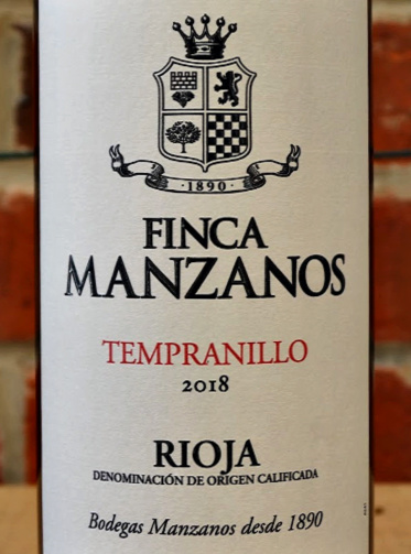 Finca Manzanos Tempranillo 2018 lightly oaked Rioja is a perfect everyday drinking red with classic Rioja characteristics. Fruity and spicy from 6 months oak ageing. Old vine Tempranillo; a great wine with roasts.