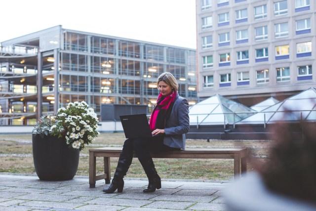 Selbstständige Frau_Sandra Cegla-SOS Stalking-Business Adventure