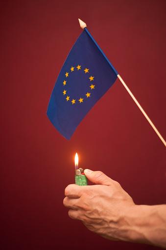 UE : Un tremplin pour l'économie ? Non !