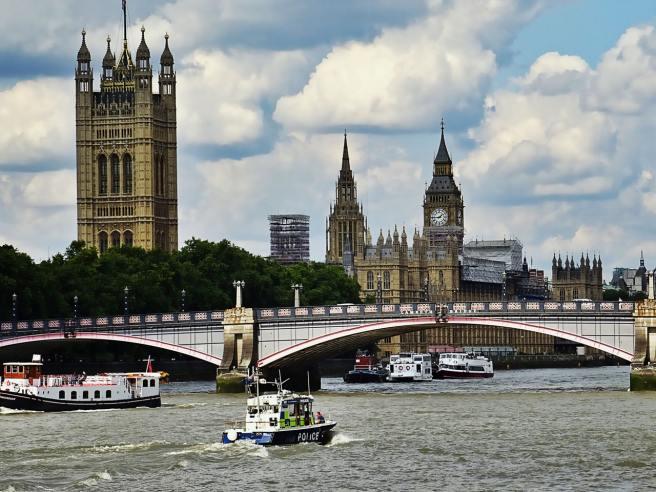 Création société Londres