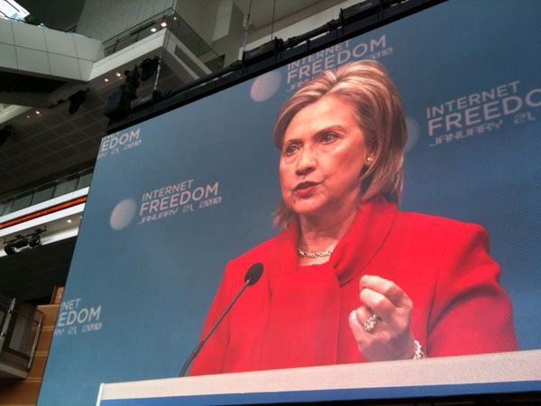 "Clinton Urges ""Principled Stand"" on Internet Censorship"
