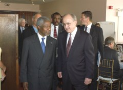 Ruggie with UN Secretary-General Kofi Annan in 2004.