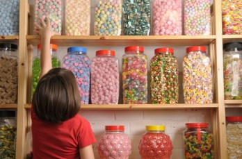 """Exponent scientists co-authored a 2014 report that found that candy consumption was responsible for just a """"small proportion of calories, added sugars, and saturated fat"""" in the American diet. The work was supported by the National Confectioners Assn.. (iStock photo)"""