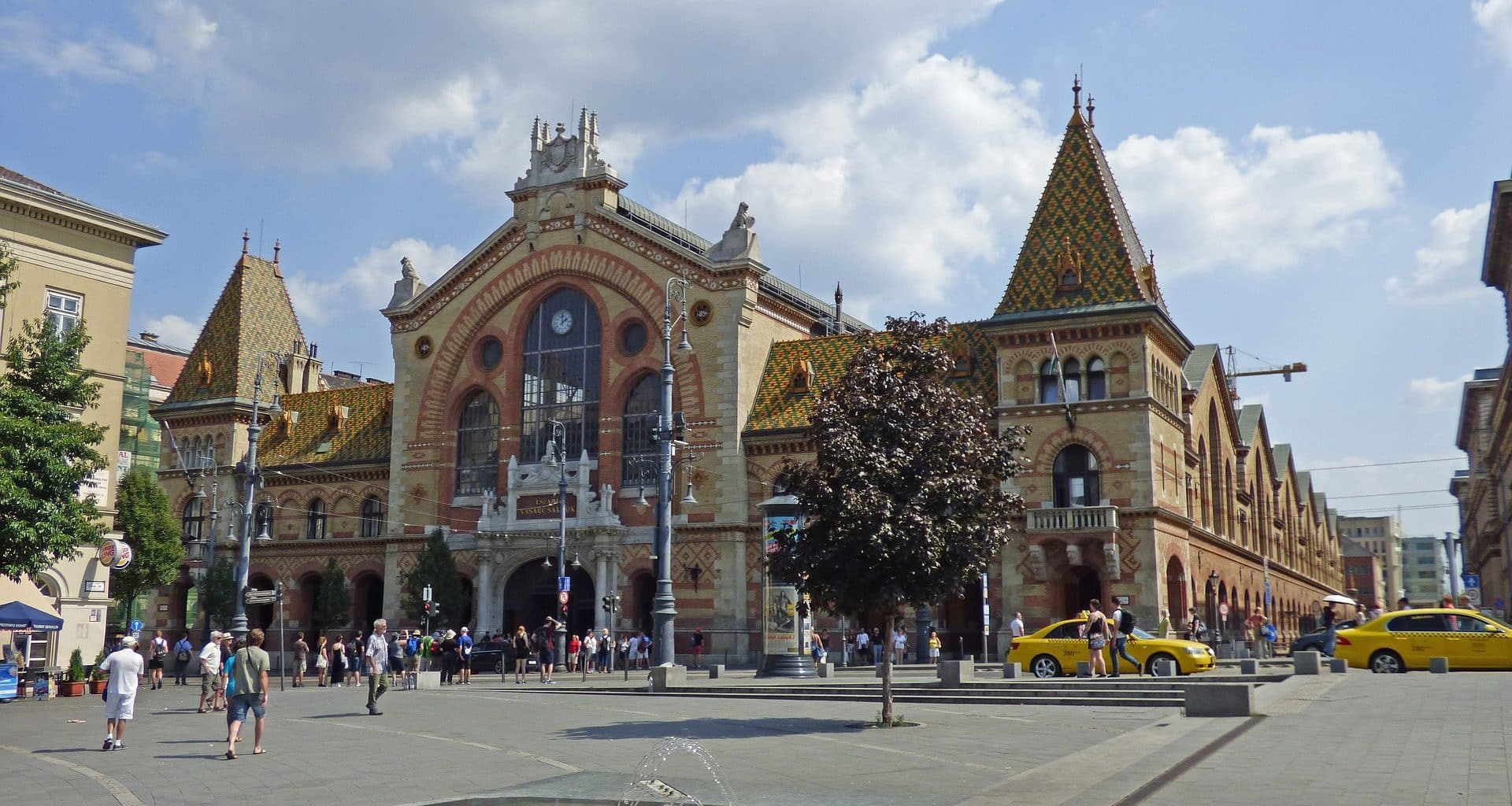 Budapest – 25th anniversary of the renovated Great Market Hall! – PHOTOS