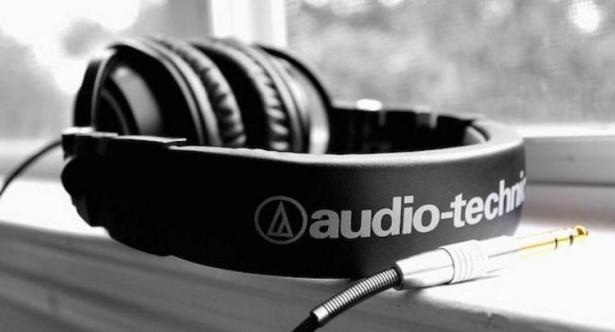 ヘッドホンはメーカによって何が違うの!?【audio-technica・SONY・STAX】等、その特徴と用途についてまとめ