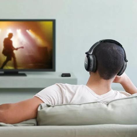 Bluetooth ワイヤレス【ヘッドホン・イヤホン】でテレビ(映画・ゲーム・DVD)を見る方法、おすすめのBluetoothトランスミッターは!?