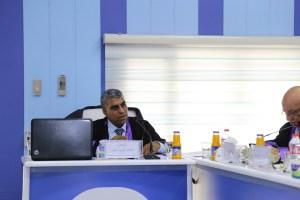 Read more about the article جانب من مناقشة طالب الماجستير طالب كريم عبود