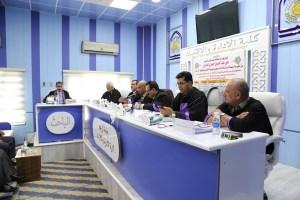 Read more about the article جانب من مناقشة الطالب علي عبد الحسين حميدي