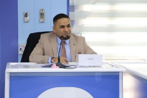 جانب من مناقشة الطالب اسامة عبد العزيز كاظم