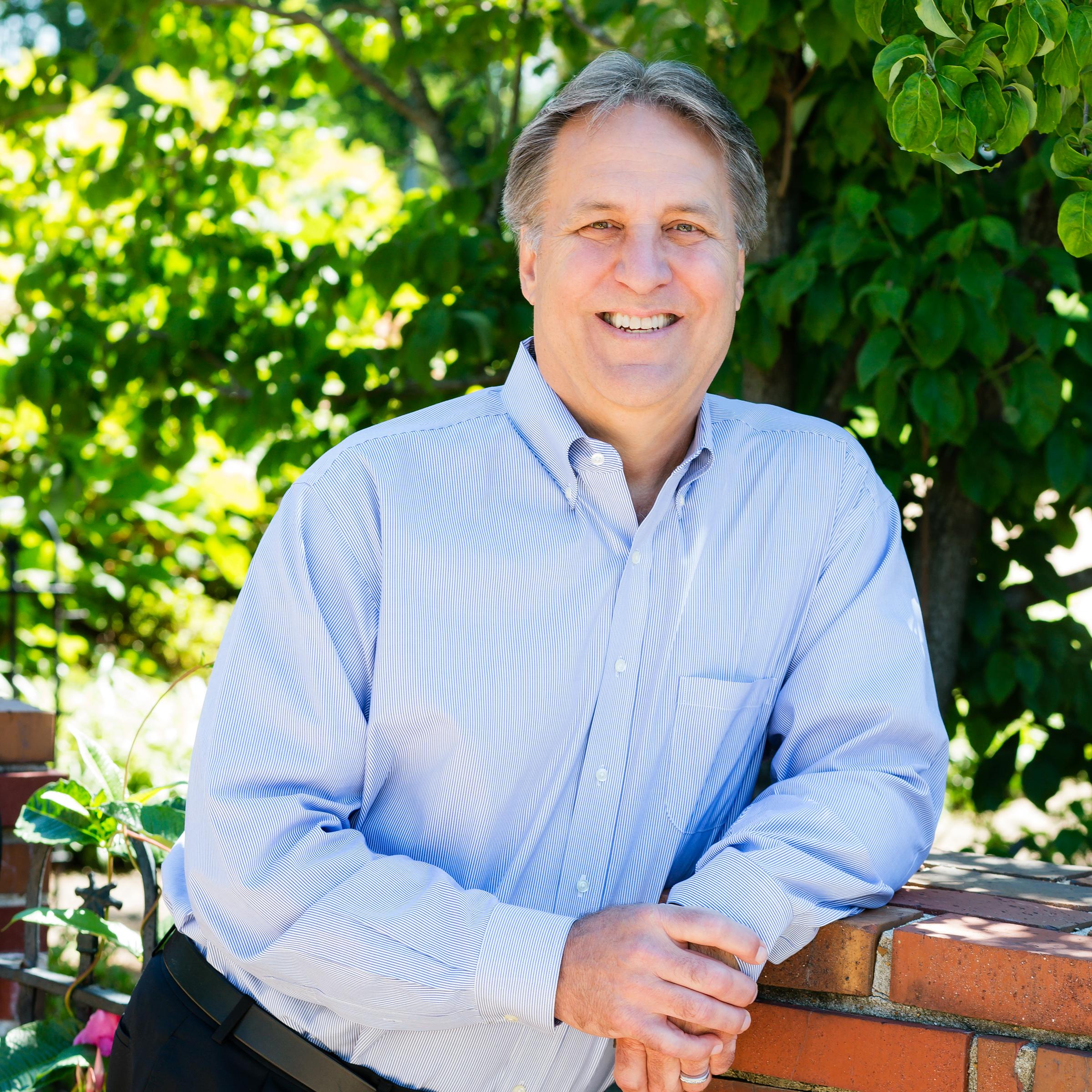 Mark-Kohls picture