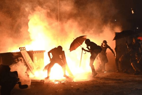 Hong Kong police warn city is on brink of total collapse - Businessday NG