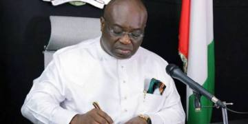 Ikpeazu to share N100,000 seed money to Abia petty traders
