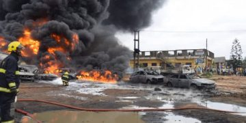 3 die, property destroyed as vandalised NNPC pipeline explodes in Lagos