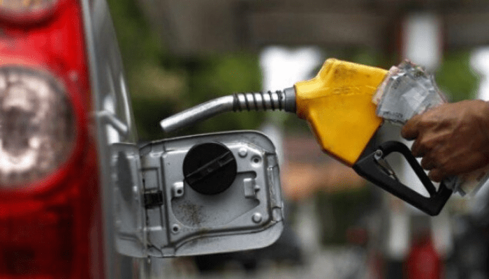 Aba residents decry increase in pump price of fuel from N123 to N143.80 per litre - Businessday NG