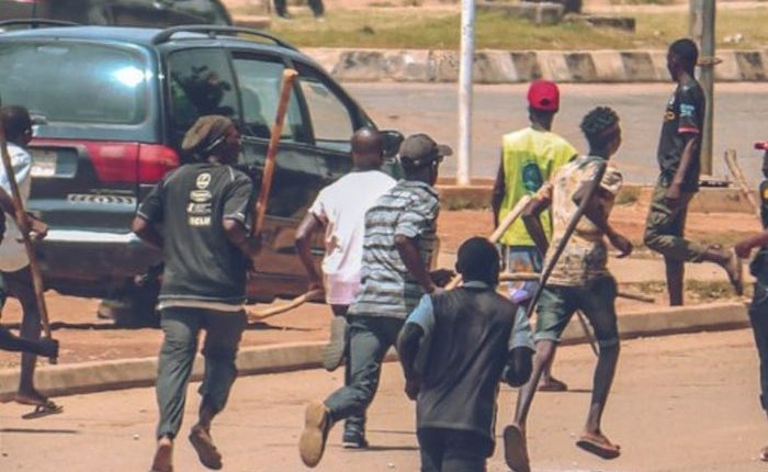 Two feared dead, many injured as thugs attack EndSARS protesters in Edo -  Businessday NG